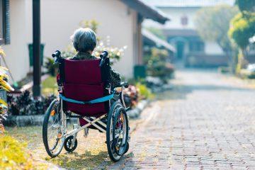 maneras de capacitar un hogar para una silla de ruedas