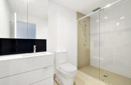 consejos para comprar puertas de ducha