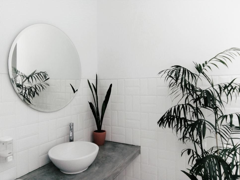 Cómo seleccionar el espejo perfecto para tu baño 3